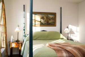 Room194_91